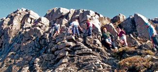 JN14_Coll-climbing