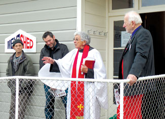 Aunty Hira blesses the Menzshed, flanked by James Cootes (left) and Valdis Plato