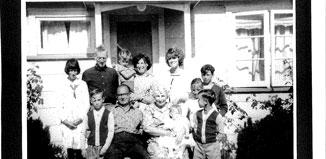 F_No14_Robertson-Family-enhanced1964-1