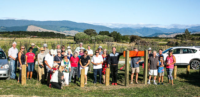 The new Greenfields picnic area near the Ōtaki River estuary lookout was launched with a barbecue for the Friends of the Ōtaki River members, families and friends